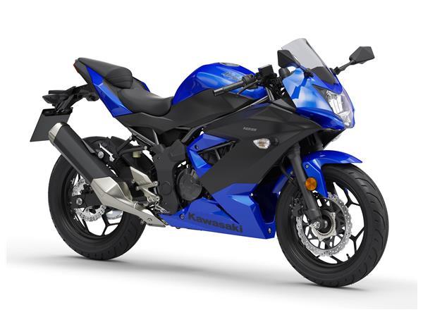2019 Ninja 125 Blue - Image 0