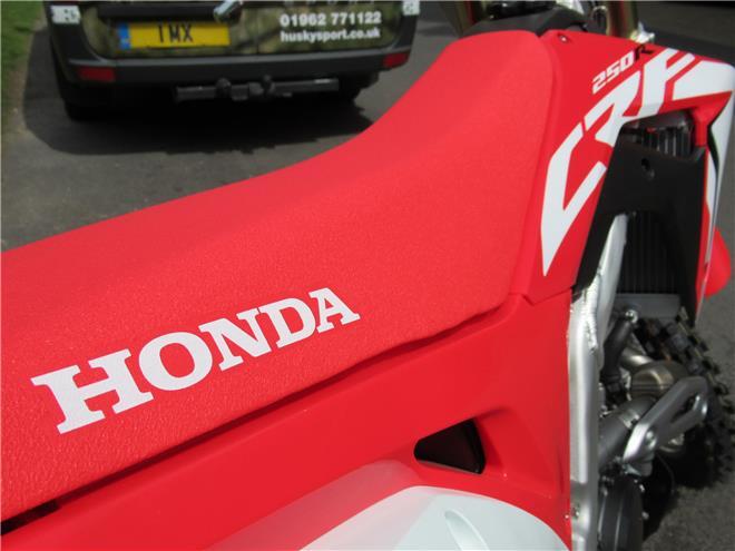 2018 Honda CRF250R - BRAND NEW!! - Image 2