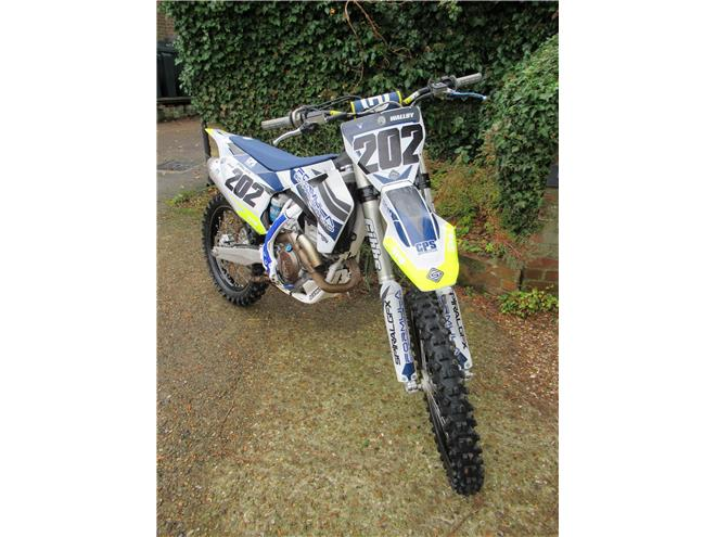 2018 Husqvarna FC350 - One keeper from new - Image 2
