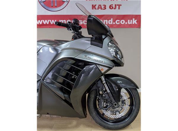 2016 Kawasaki GTR1400 1400 1400GTR Grand Tourer - Image 4
