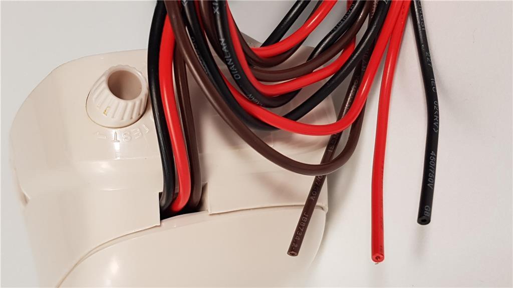 Oasis Automatic Bilge pump - Image 2