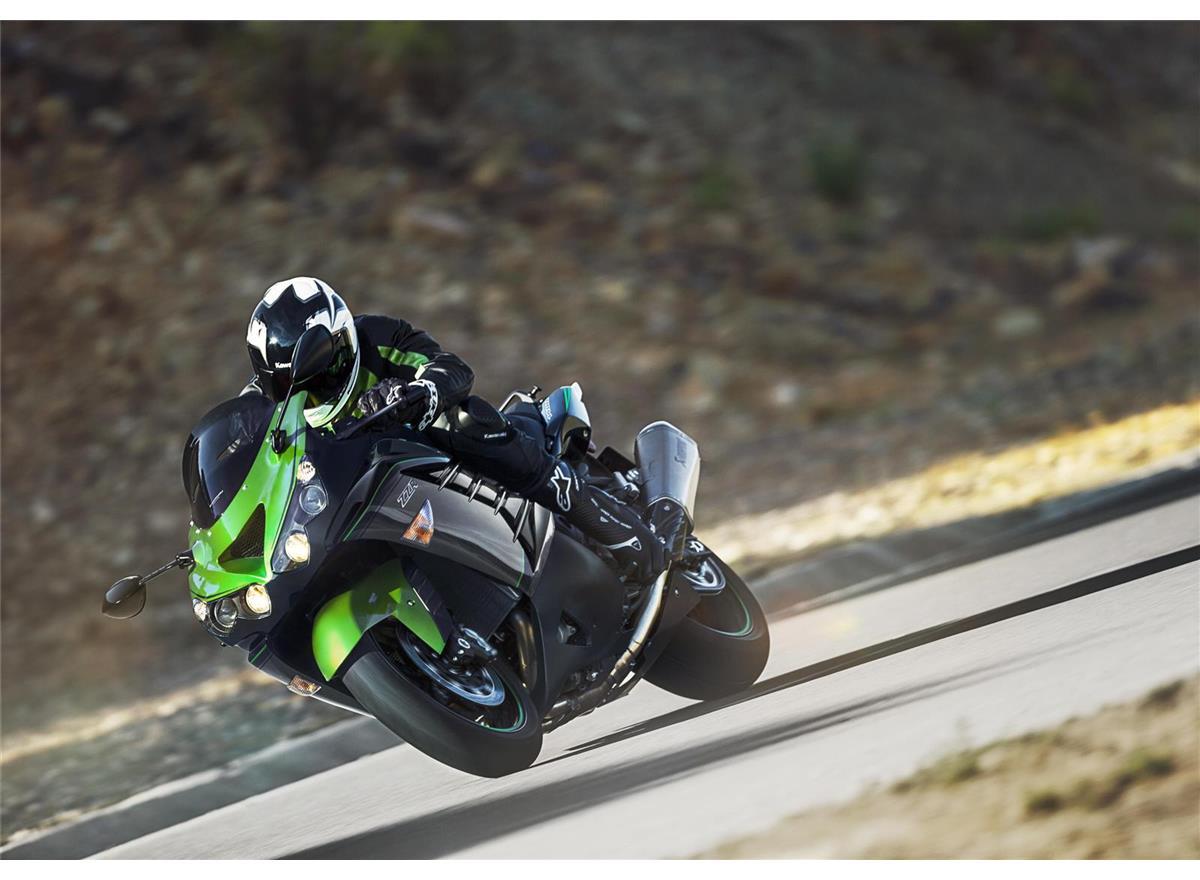 2019 ZZR1400 Performance Sport - Image 2
