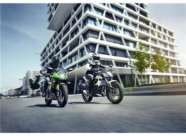 Kawasaki presents: Ninja 125 or Z125, The Toughest Choice
