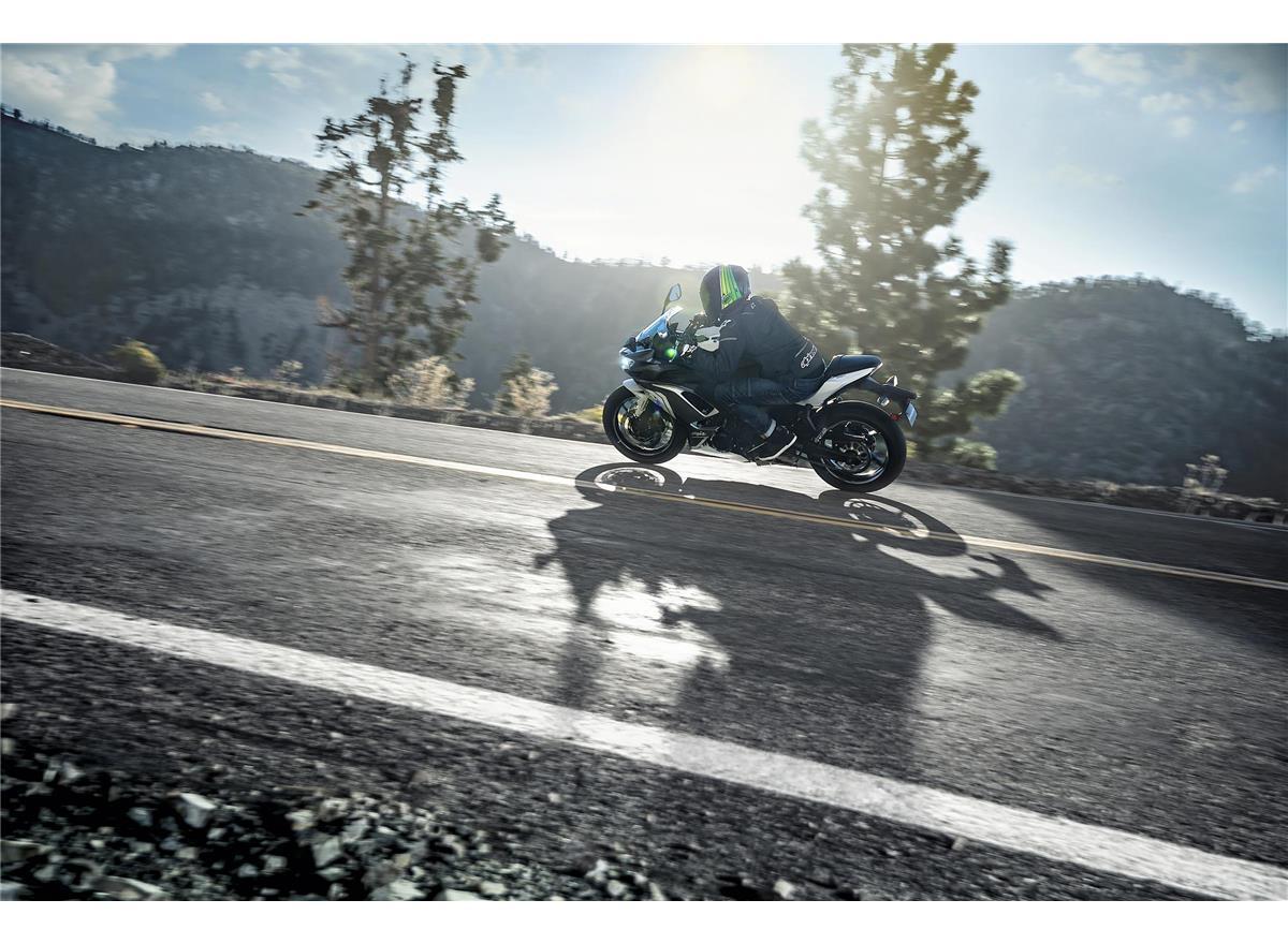2020 Ninja 650 - Image 14