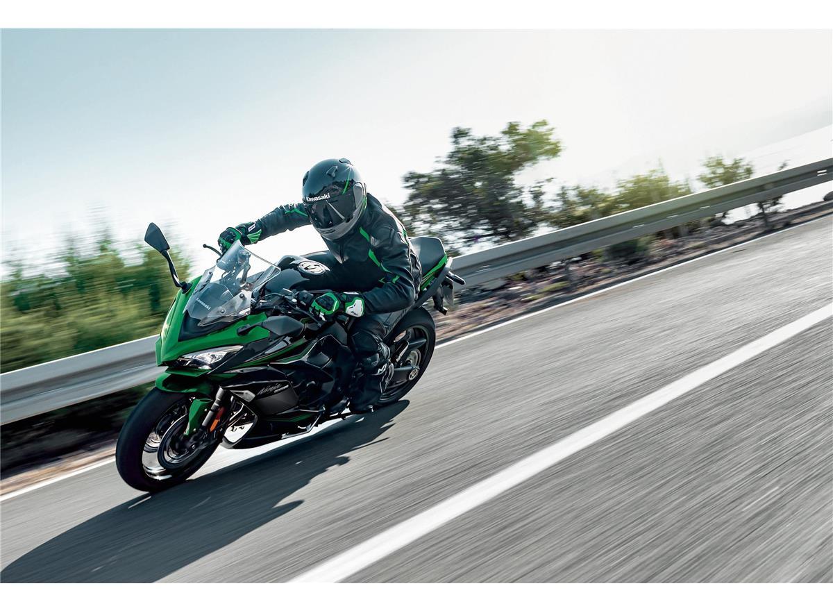 2022 Ninja 1000SX Performance - Image 4
