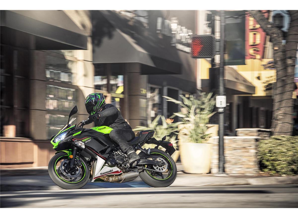 2022 Ninja 650 - Image 9